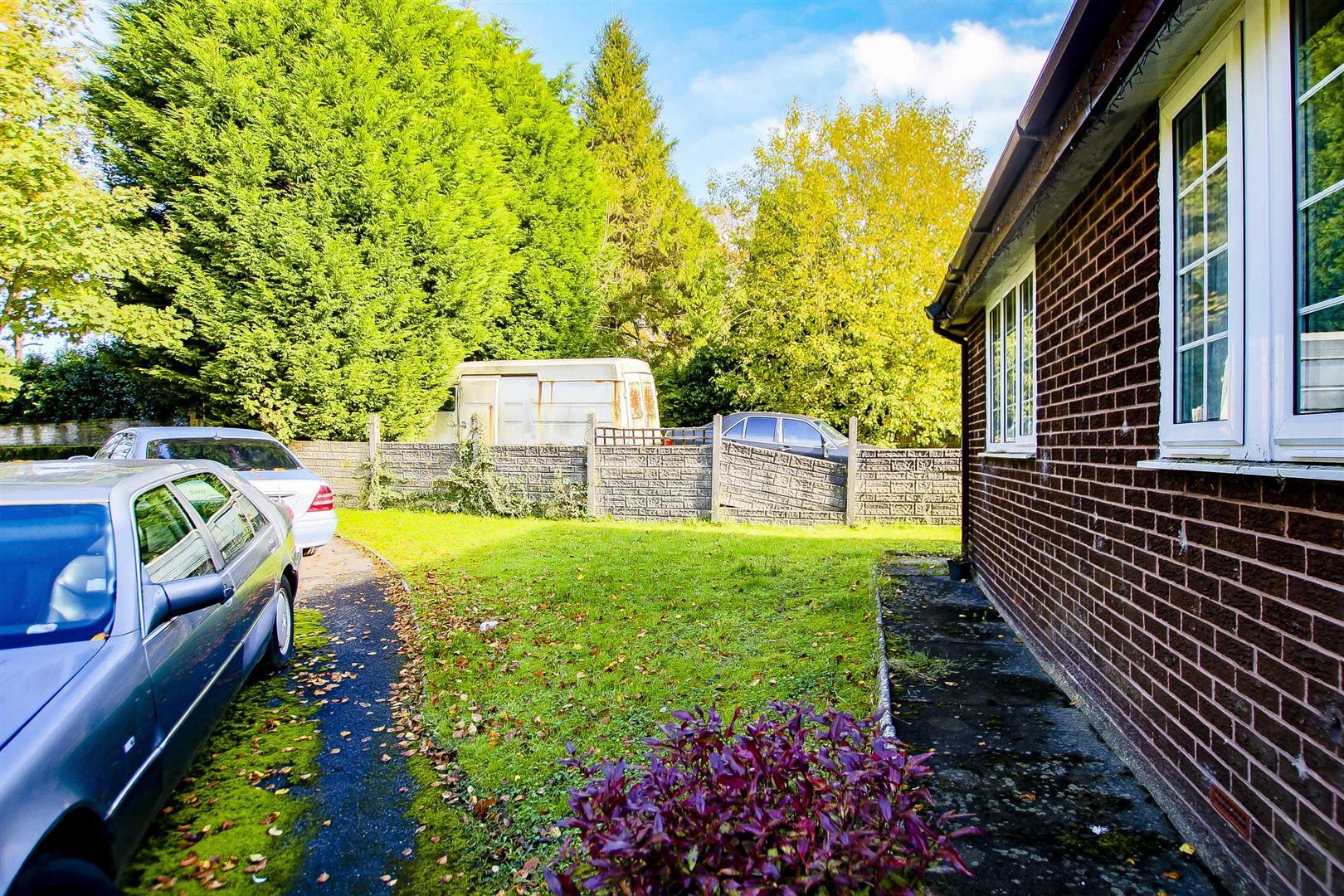 5 Bedroom Building Plot Land For Sale - Image 15